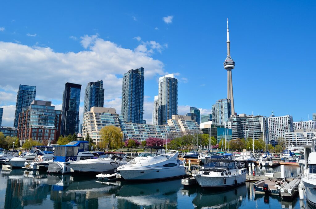 where to visit in canada